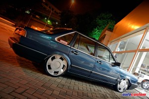 vw-santana-1989-roda-18-perfil-baixo