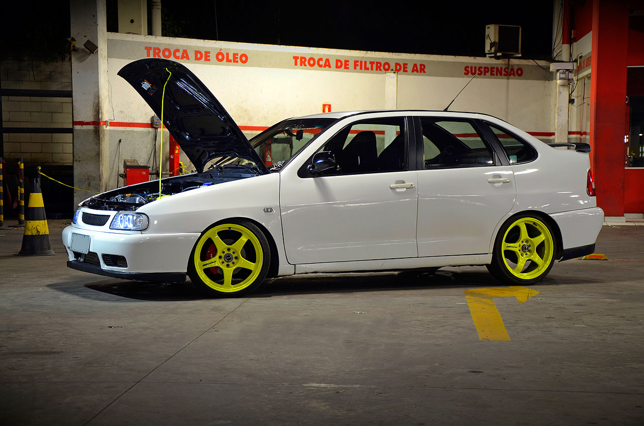 Watch also Vw Evolution together with Polo Classic 97 1 8 Turbo Rodas 17 Amarelas Drift 79 besides Tacho I204121917 in addition Viewtopic. on vw golf vr6