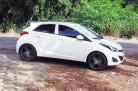 hb20-branco-rodas-pretas-aro-18