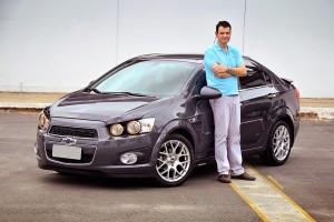 Sonic LT 2013 com aro 17 e acessórios - Anderson Soares