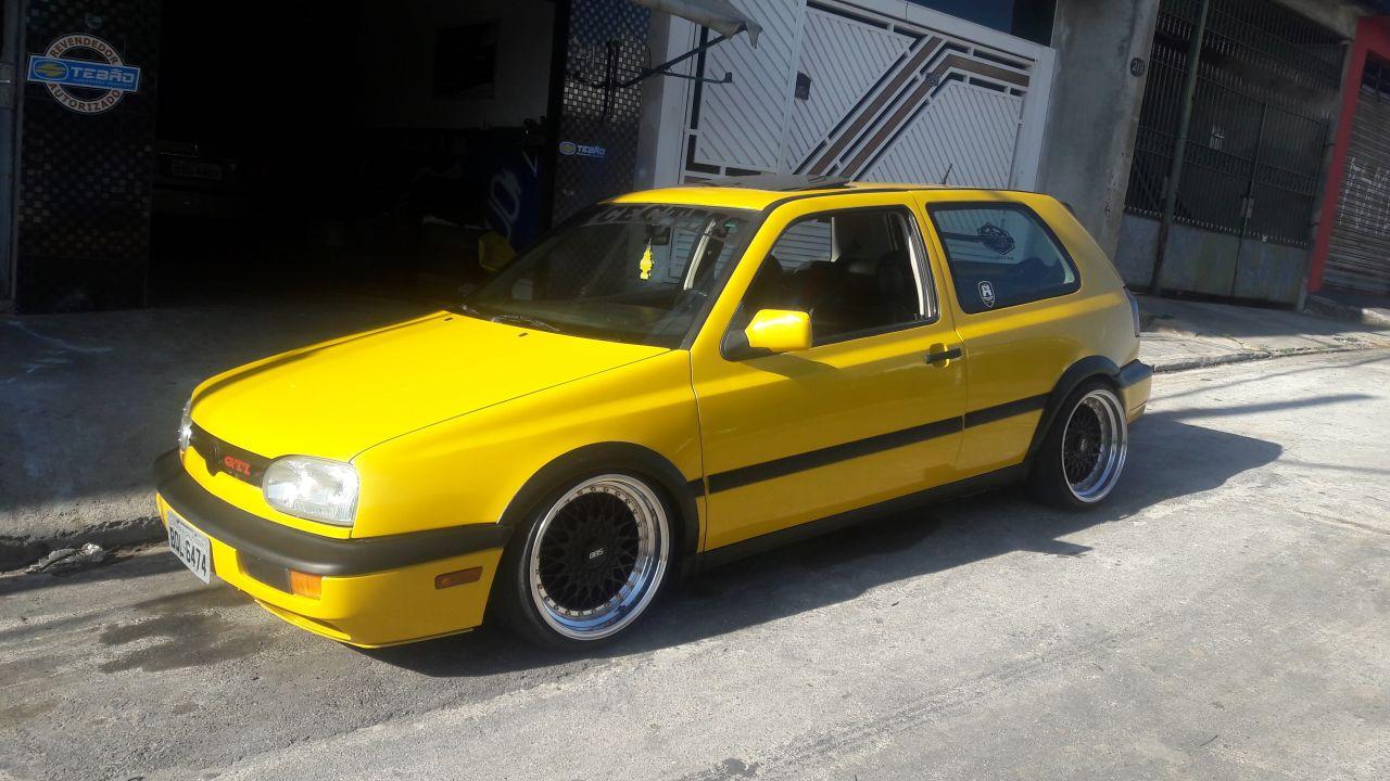 Meu GTI mk3 amarelo harlequin..